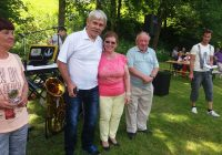 Družabno srečanje invalidov na travniku ob cerkvi na fari na Prevaljah 2017